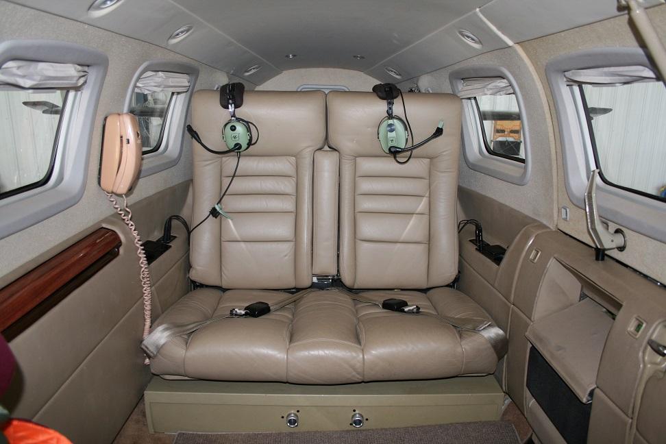 Jetprop DLX interior
