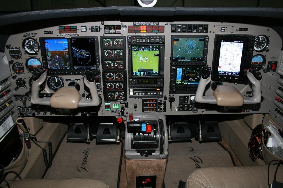 Jetprop DLX panel