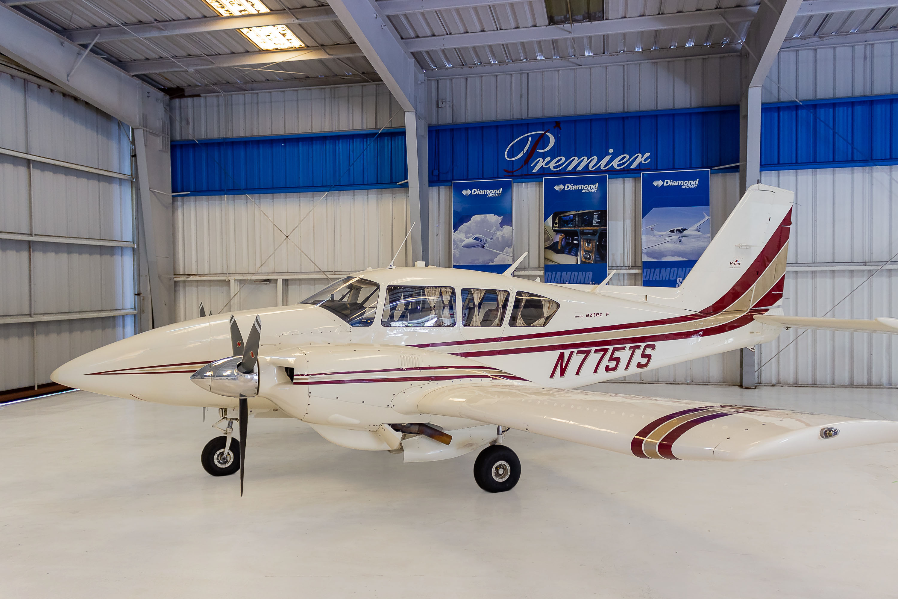Aircraft Listing - Aztec PA-23-250 listed for sale
