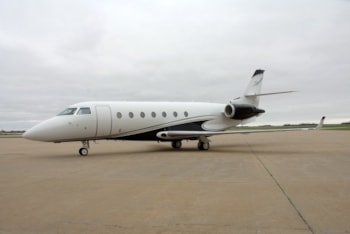 https://resources.globalair.com/aircraftforsale/images/ads/original/dyerjet_2006_gulfstream_g200.jpeg