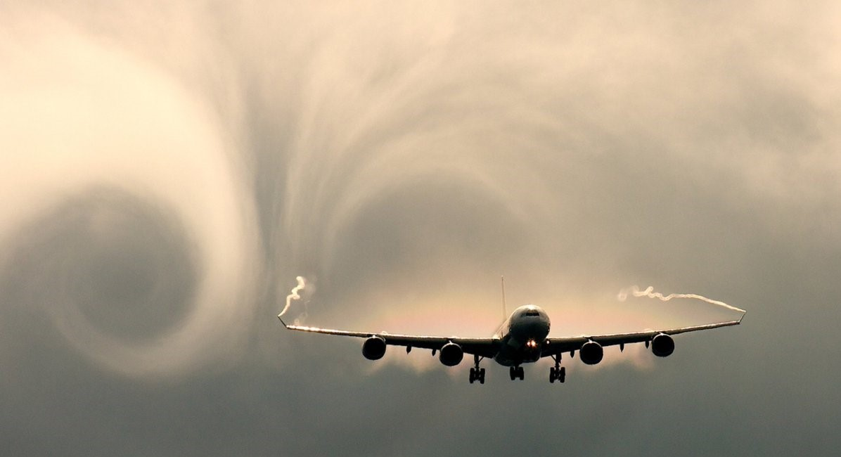 Wing vortices