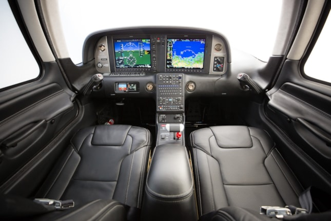 Cirrus Sr22 G6 Specifications Cabin Dimensions Speed Cirrus Aircraft