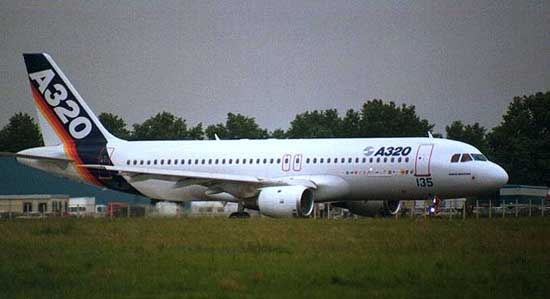 Airbus A320 Specifications, Cabin Dimensions, Speed - Airbus