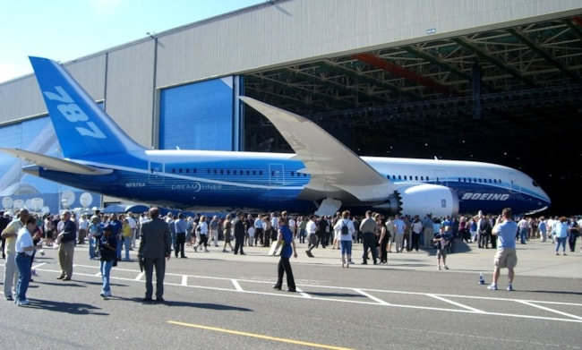 Boeing 787 Specifications, Cabin Dimensions, Speed - Boeing