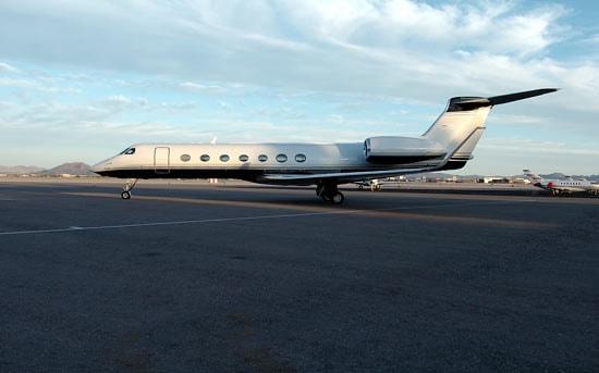 Gulfstream Aerospace Gulfstream G550 Specifications Cabin