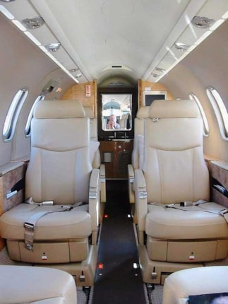 Learjet 40 specifications cabin dimensions speed learjet - Interior decorator cost per hour ...