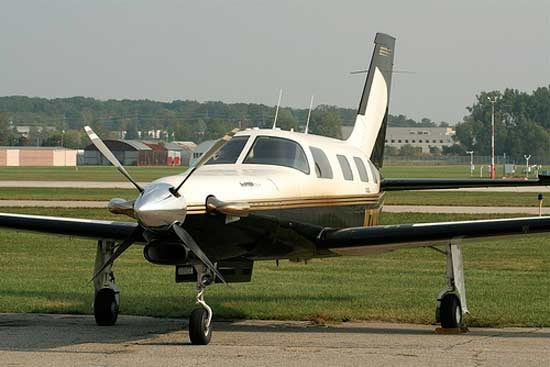 Jetprop DLX Specifications, Cabin Dimensions, Speed - Piper