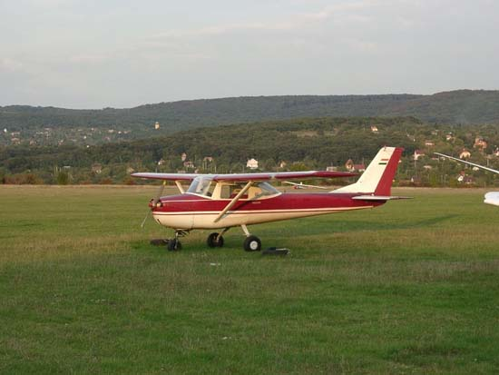 Commercial Insurance Brokers >> Cessna 150 Specifications, Cabin Dimensions, Speed - Cessna