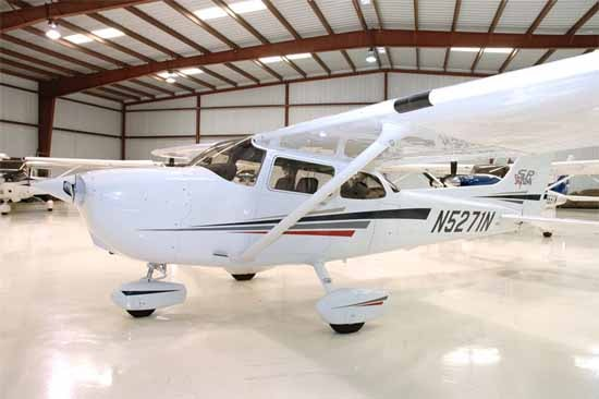 Cessna 172 SP Specifications, Cabin Dimensions, Speed