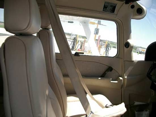 Cessna 172 SP Specifications, Cabin Dimensions, Speed - Cessna