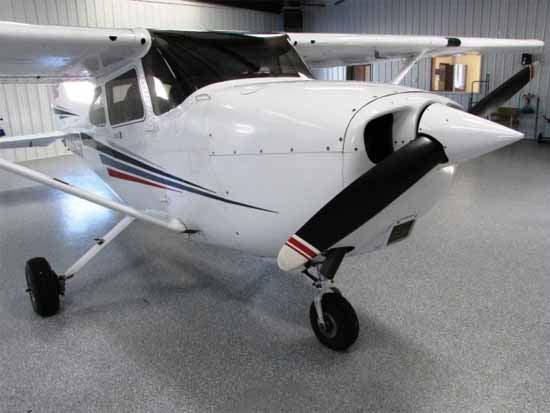 Cessna 172P - exterior