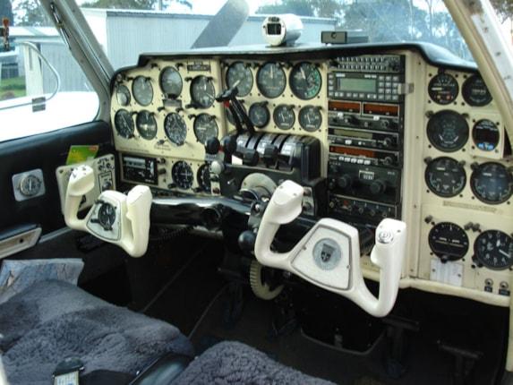 Baron 55 Specifications, Cabin Dimensions, Speed - Beechcraft