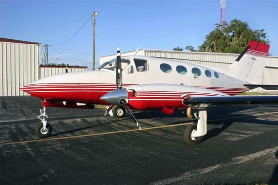Cessna 414 Specifications, Cabin Dimensions, Speed - Cessna
