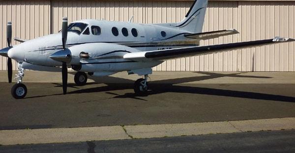 free shipping 2567c c9e76 King Air C90 - exterior ...