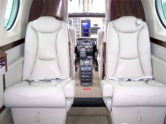 king air   specifications cabin dimensions speed beechcraft